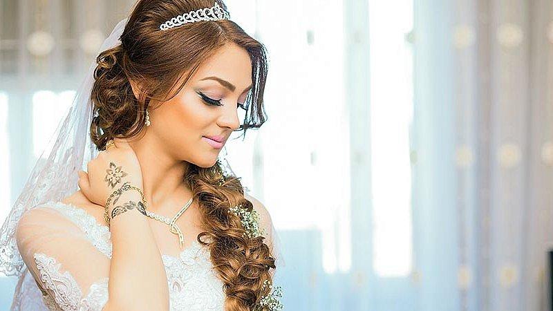 Easy DIY wedding hair ideas for brides and bridesmaids